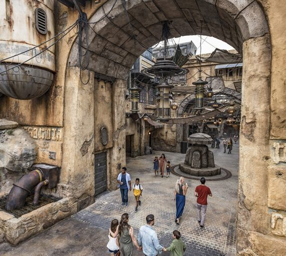 Mobile Ordering Coming to Galaxy's Edge this Weekend